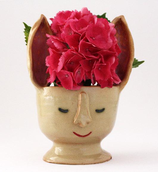 Handmade Ceramics Vase / Casa Abril // Second Floor Flat