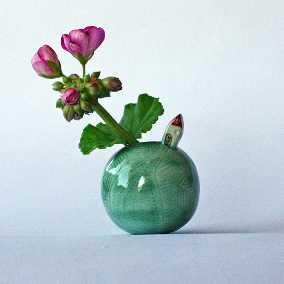 Handmade Ceramic Vase / Casa Abril Ceramics // Second Floor Flat