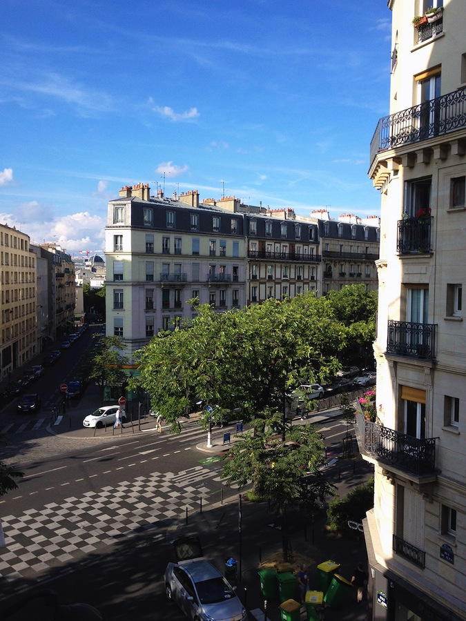 A Parisian boulevard / Second Floor Flat