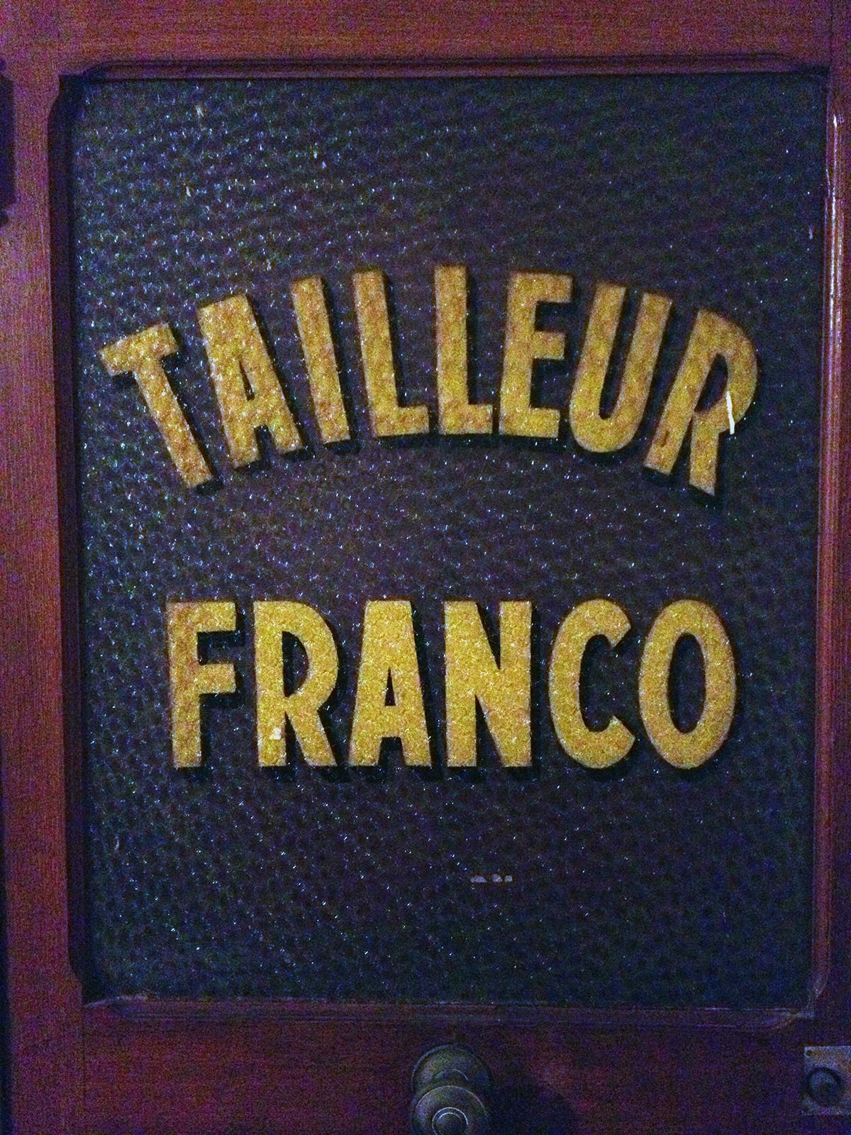 Parisian Door / Second Floor Flat