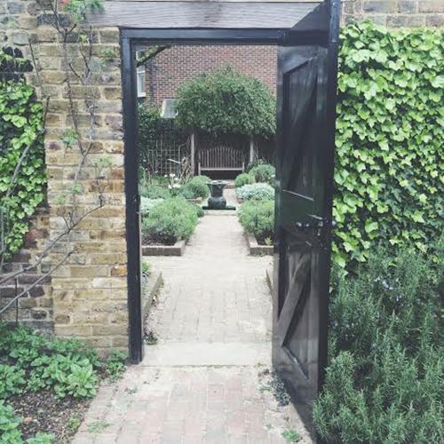 herb garden, Geffrye Museum, London   secondfloorflat.com