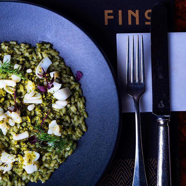 Risotto vialone nano con seppie, pesto di alghe e pistacchi 😍 created by or chef Gennaro Santoro and the Fino team @sparanomattia @esposito8929 @carolina.raffo87 . We bet you will love it! 😁 . . . #food #foodporn #restaurant #lifeinthecity #instafood #bestfood #lecker #enjoy #hotel #holiday #trip #journey #altoadige #südtirol #meran #merano #ristorante #dinner #lunch #local #southtyrol #organic #italy #homemade #fattoamano #cucina #gourmet #pasta @hotelaurorameran @visitsouthtyrol @love_merano photo: @tedeschi_andrea74