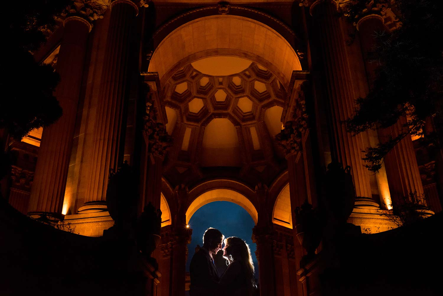 Palace of Fine Arts engagement photography in San Francisco, CA