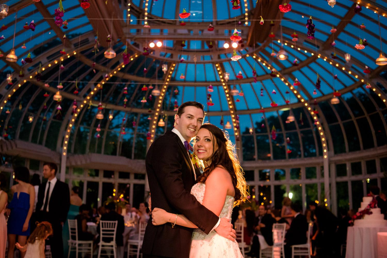 Brooklyn Botanic Garden wedding by Marc Flores Photography