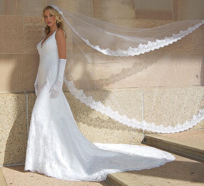 perfect-wedding-gowns-gold-coast.jpg