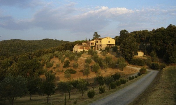 No visit to Tuscany is complete without a stay in an agriturismo. Sunrise at Fattoria Voltrona.© Eileen Hsieh