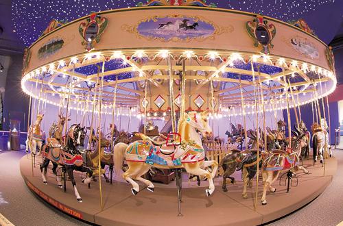 Carousel 旋轉馬車(Source:childrensmuseum.org)