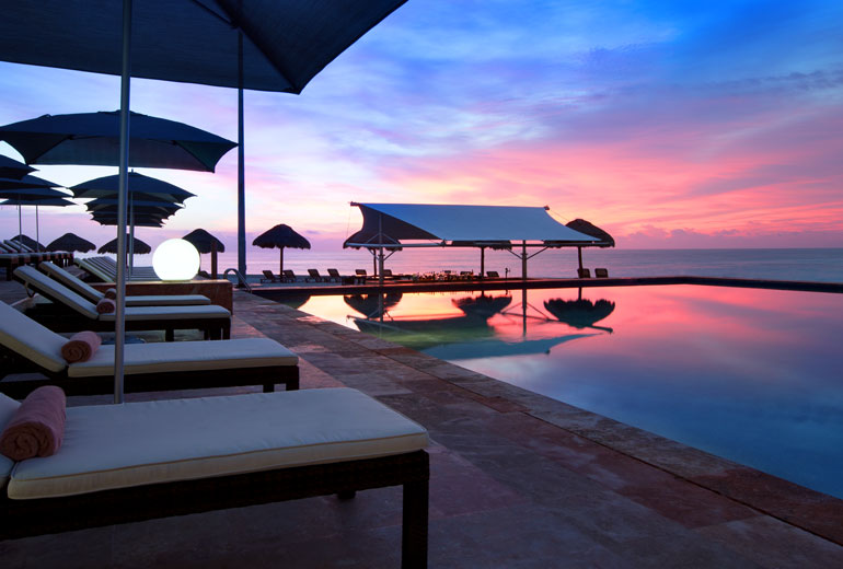 Sunset by the pool.The Westin Resort & Spa, Cancun