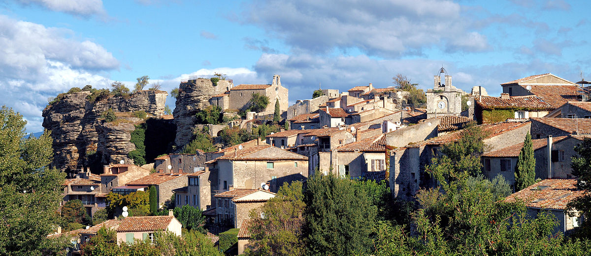 Saignon 賽揚 (Source: Wikipedia)