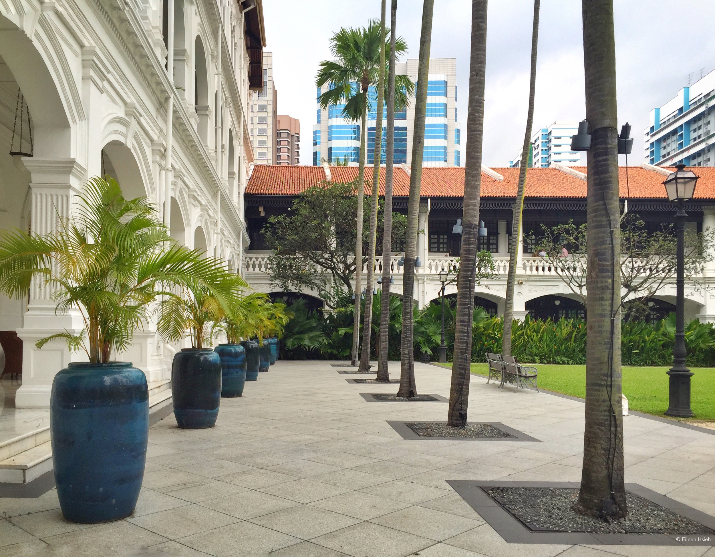 Courtyard next to the main building. © Eileen Hsieh