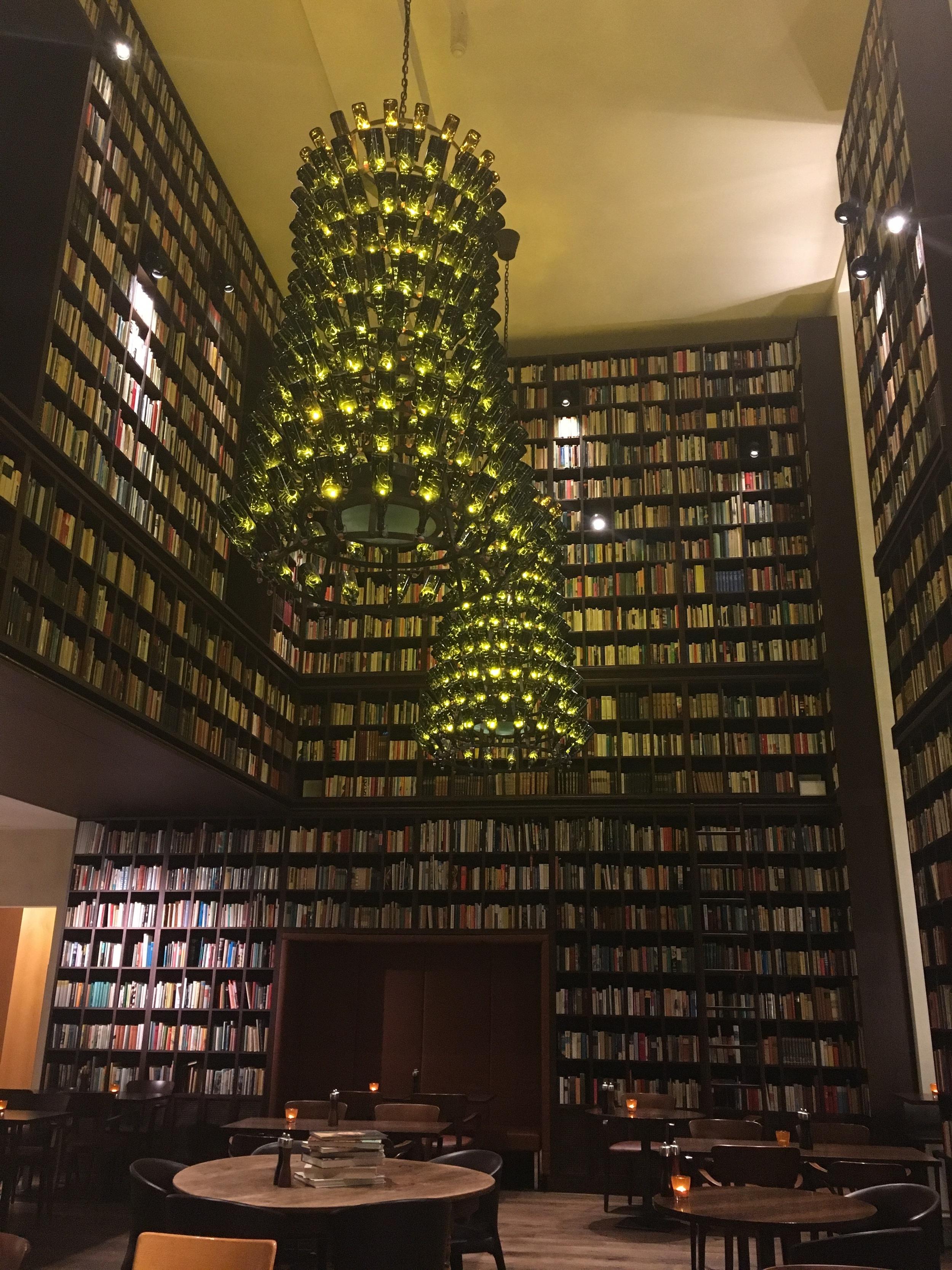 Wine Library. /© Eileen Hsieh