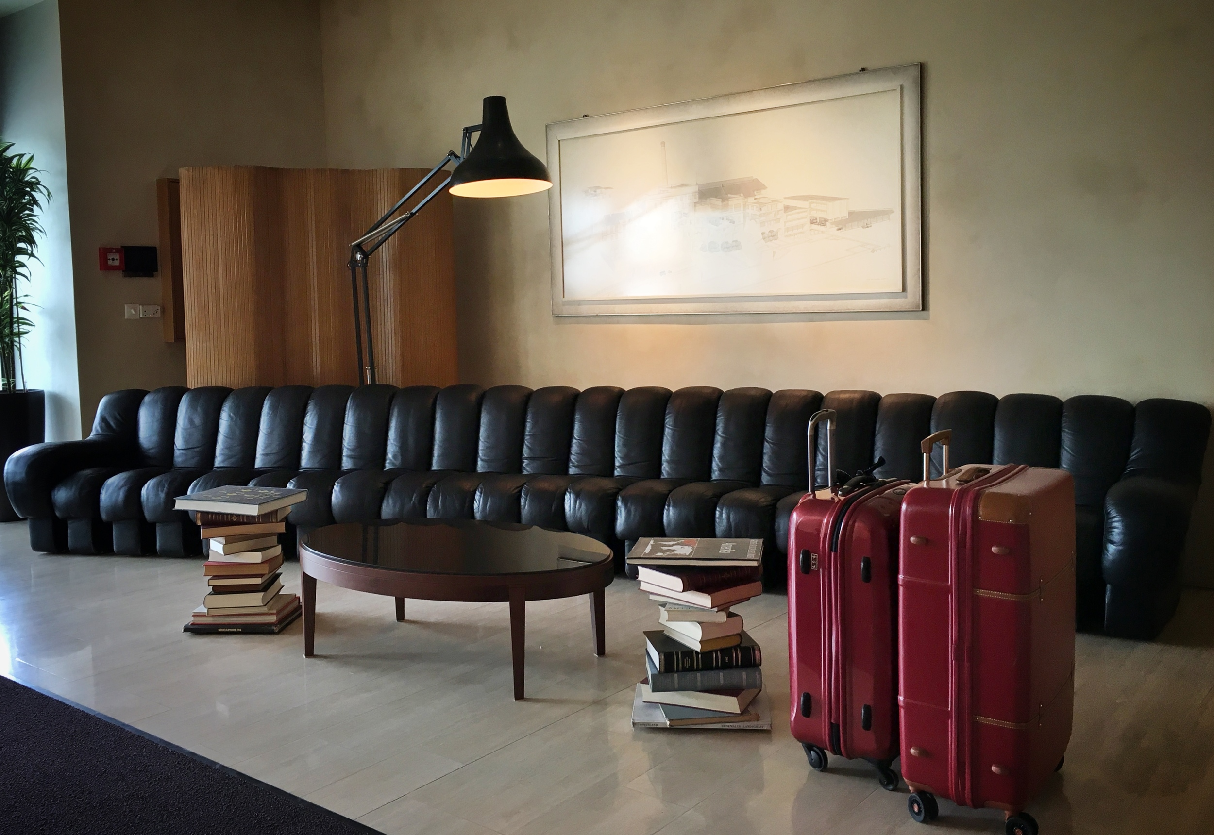 Long leather sofa at hotel reception. / © Eileen Hsieh
