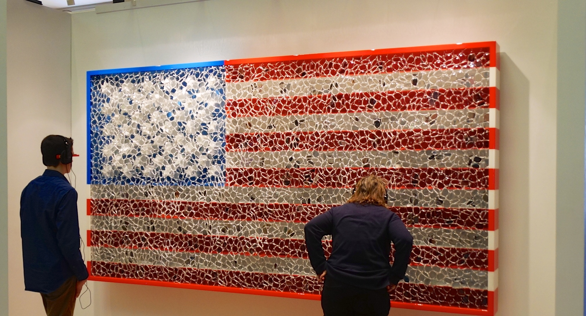 "Portrait of America, from David Datuna's ""Viewpoint of Billions"" series, is a 12-foot multimedia American flag covered in hundreds of eyeglass lenses. / Image: Smithsonian"