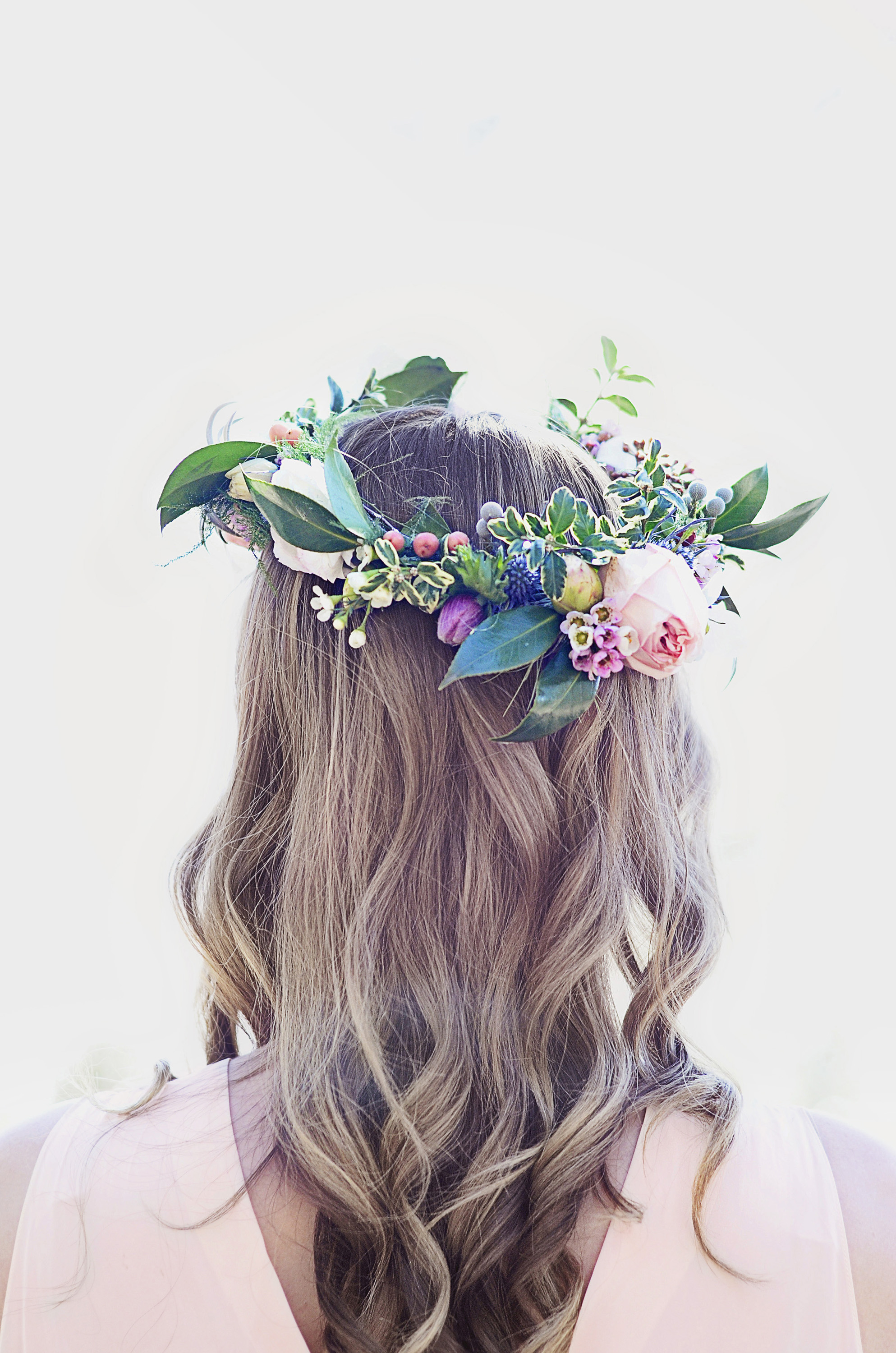 A styled spring bohemian shoot by Heirlooms, The Fernweh Photographers, Lilia Floral Design and Passion Flower Farm