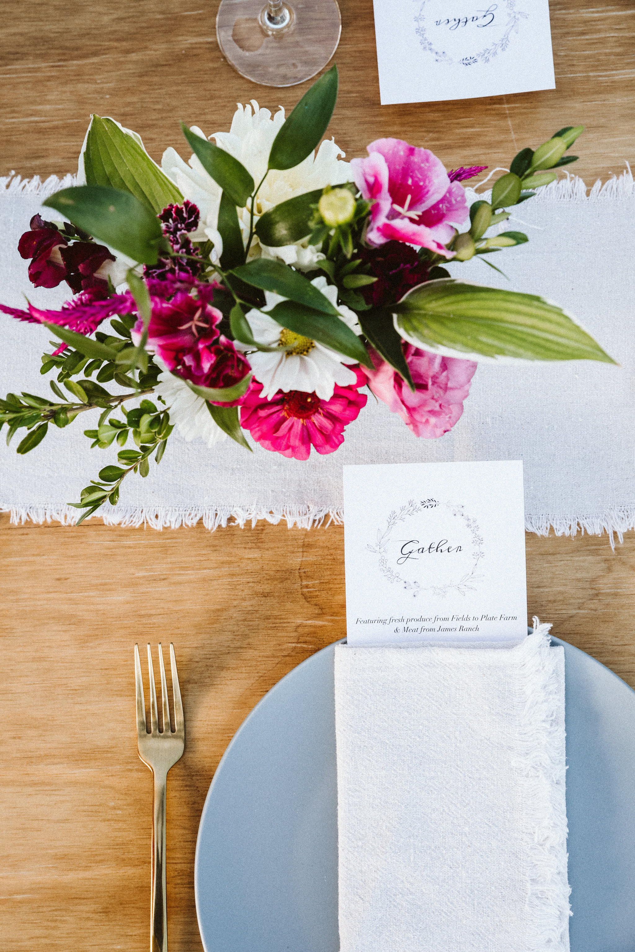 Photo by Shutterfreek / Florals by Passion Flower Farm from August Gather Pop-Up Dinner