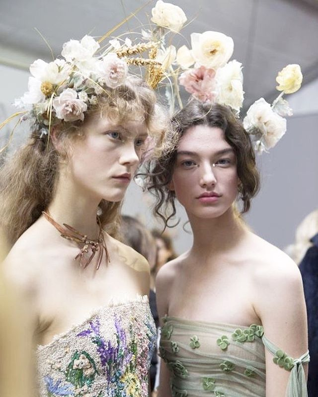 Headed into a holiday weekend like 🌸 . Inspiration from Dior's SS17 show #Dior #couturefashion #couture #floralcrown #instainspo #fashionforward #muse