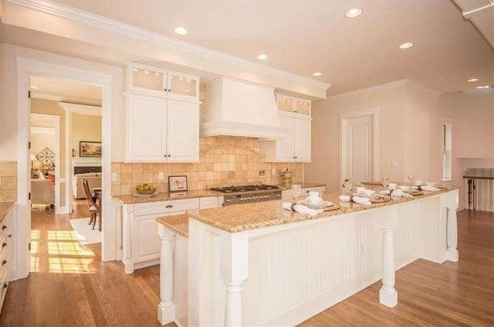staged kitchen.jpg