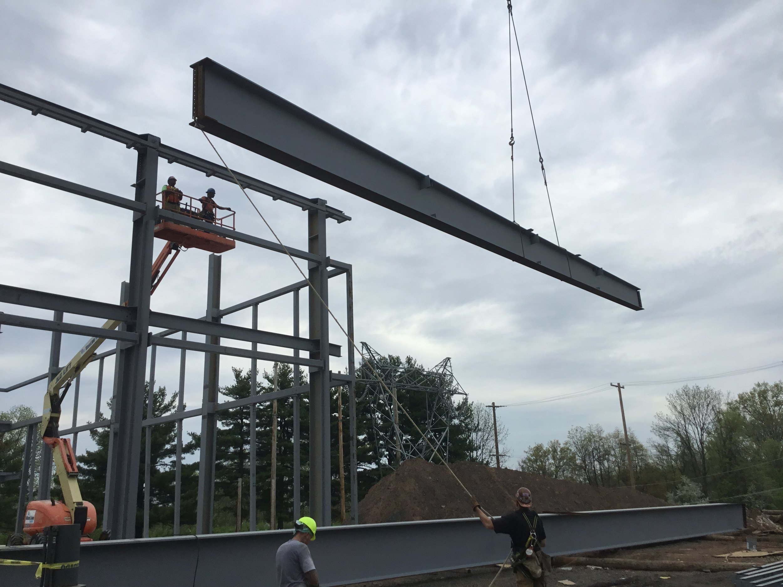 Placing the 100' beams