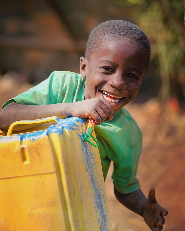 Jean, my self-appointed 7-year old WASH Assistant, on a field visit to #Lualaba, #DRC 🙂 . . . #Congo @unicef @unicefwater @unicefrdcongo