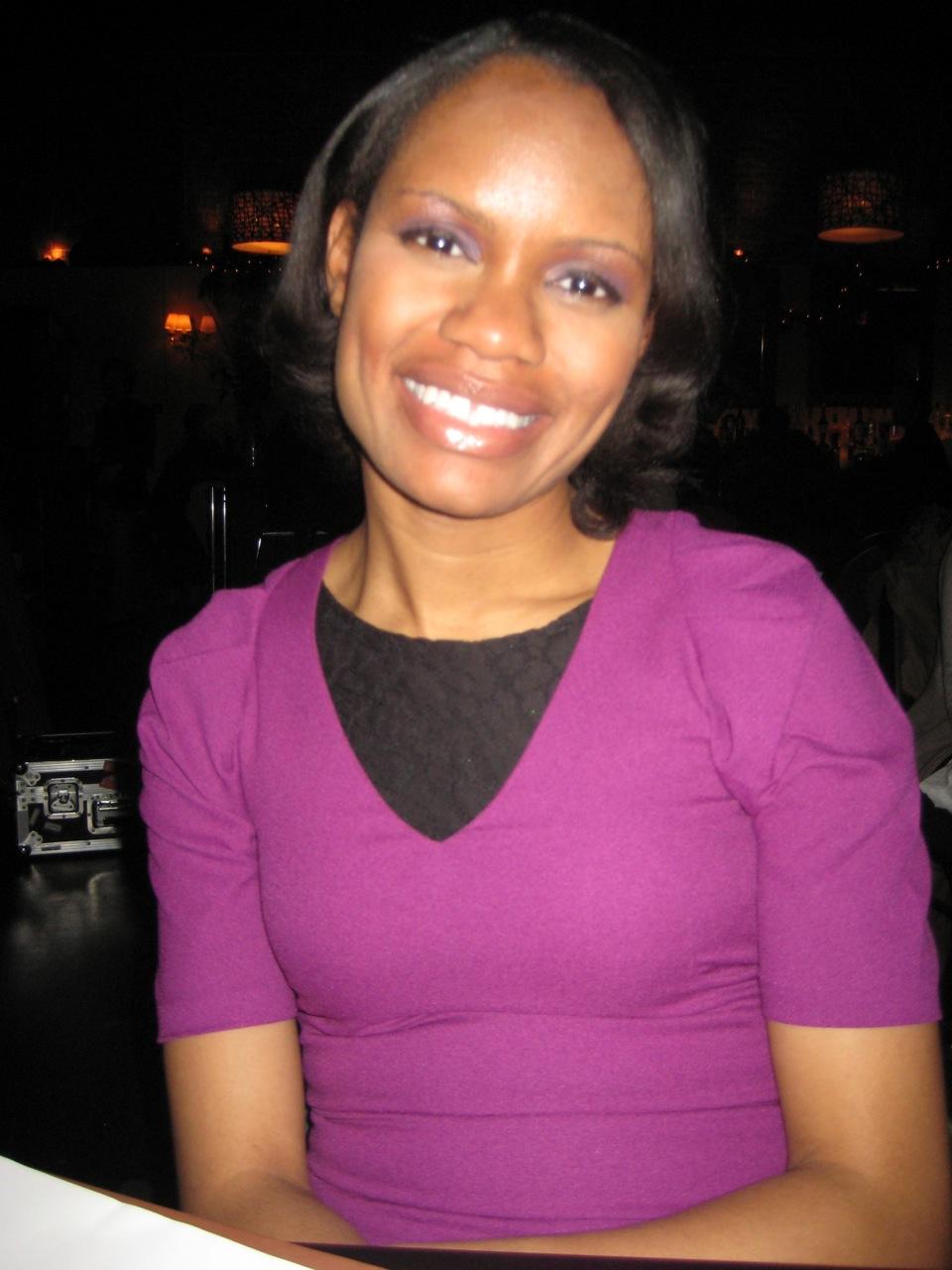 Julia James (New York & Green 2007)