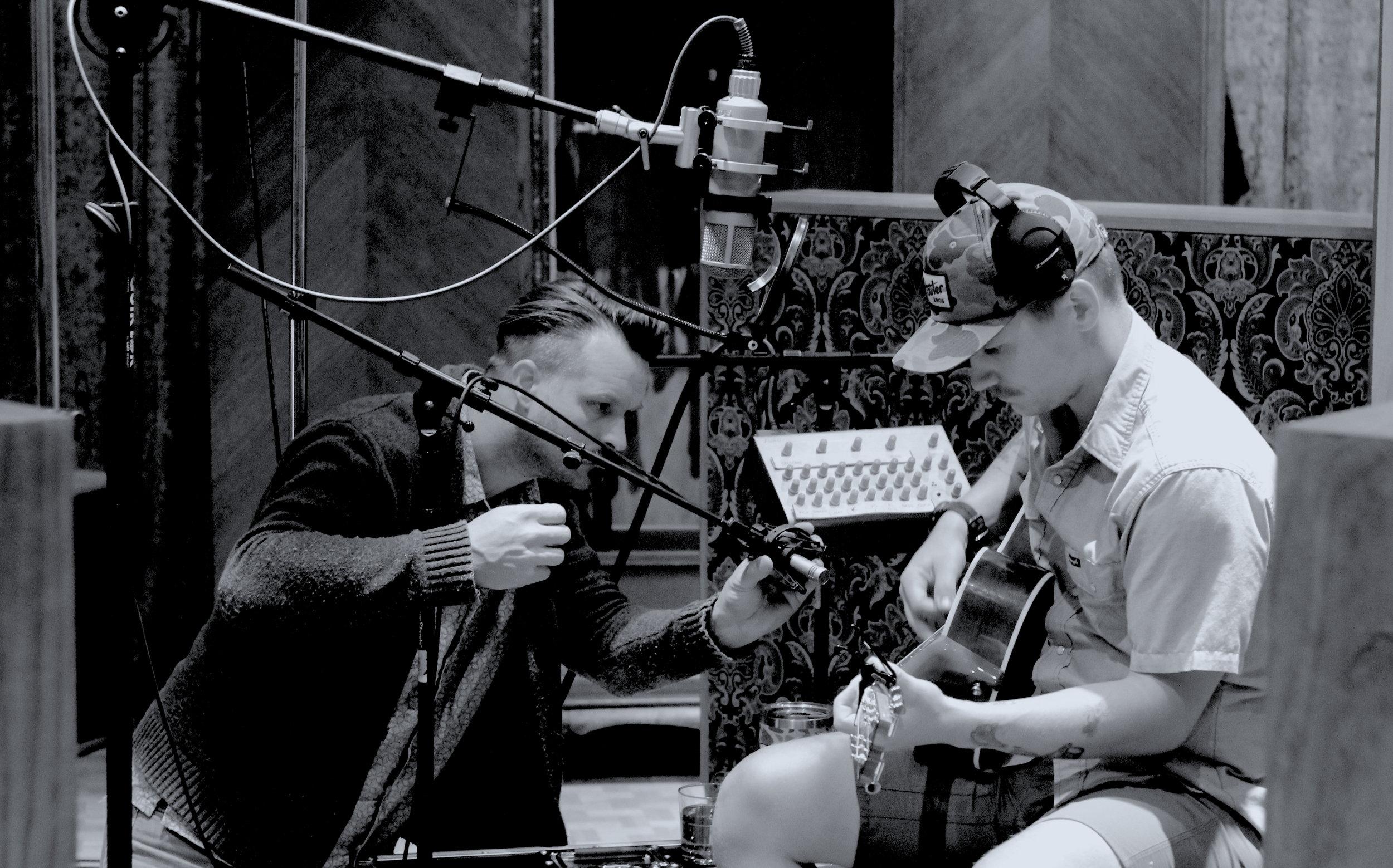 ace-kolton-acoustic-warmup.JPG