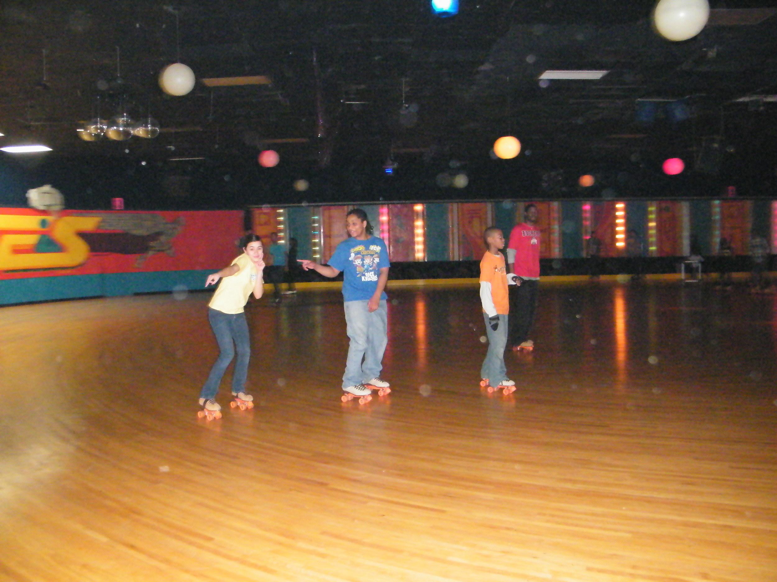 Youth Group Skate Jan 2012 018.jpg