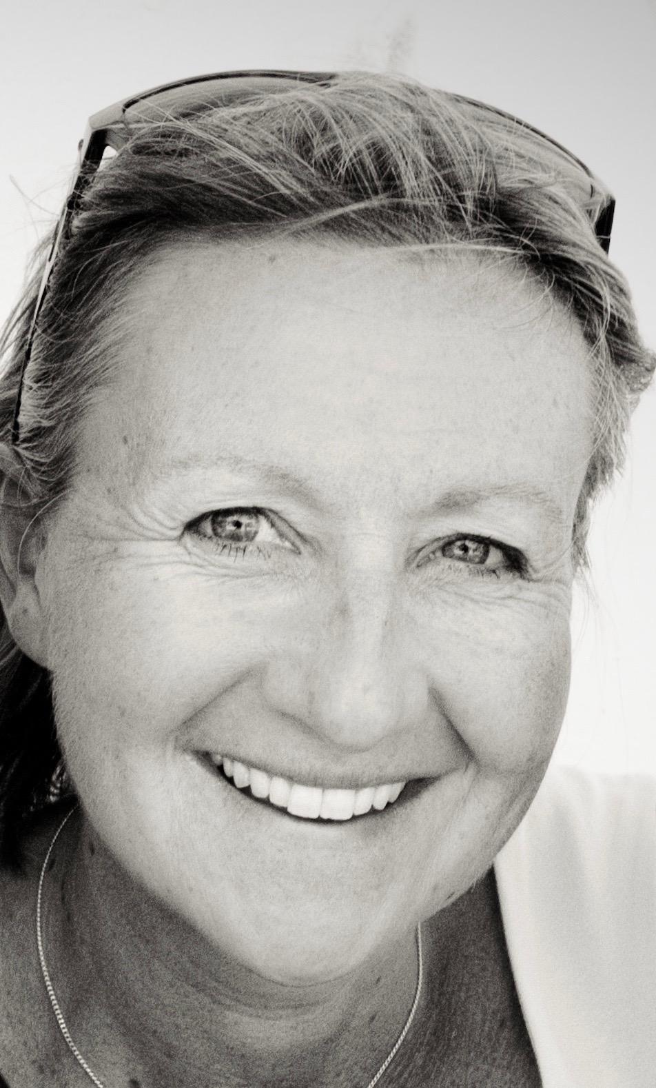 Kelly Hamilton