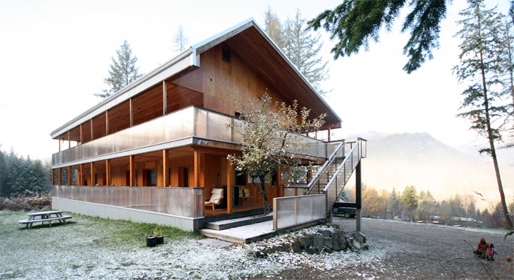 Bedford Roadhouse Passive House, Nelson, BC. Credit - Cover Architecture