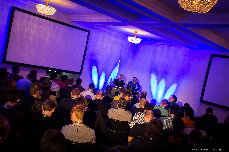 Full House in der Multi-Plattform-Session