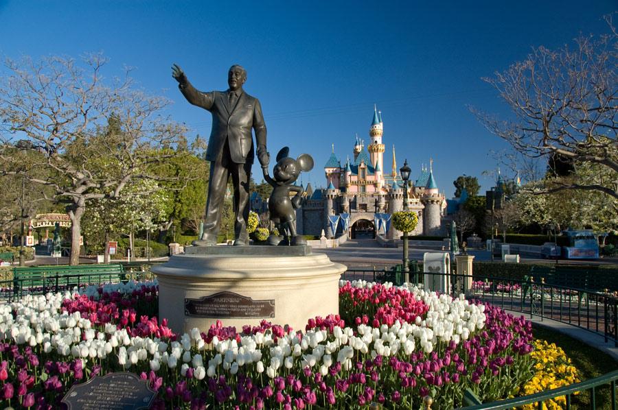 The Cast and Crew of Disneyland