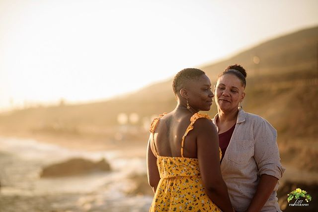 ☀️Dancing in the sunlight☀️ Skye + Joy took the day off from raising their beautiful kids to take some unforgettable beach engagement photos. Love you gorgeous ladies