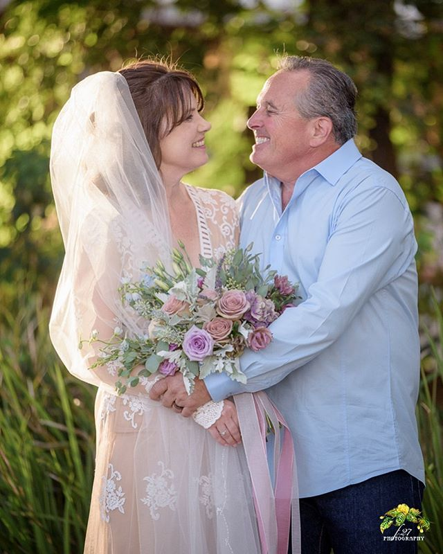 Ojai weddings are always beautiful and these two made it completely perfect with their intimate ceremony, loving families and lots of smiles! 💕🌿