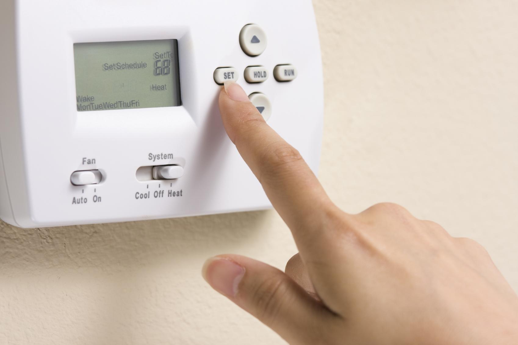 thermostat_000007005670Medium.jpg
