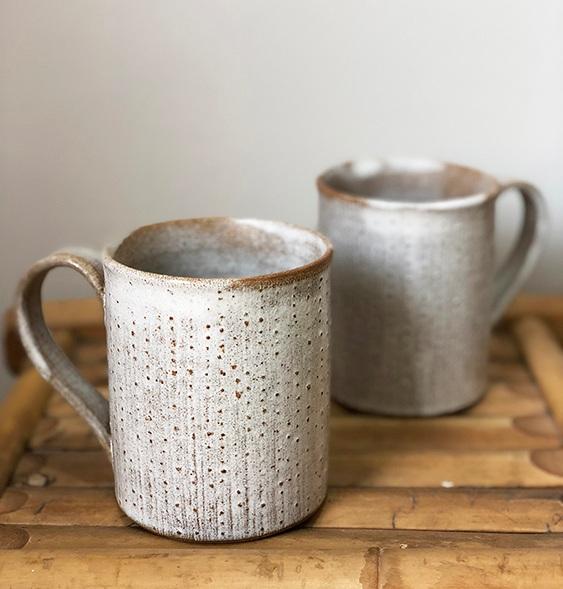 dot+coral+mugs-1WEB.jpg