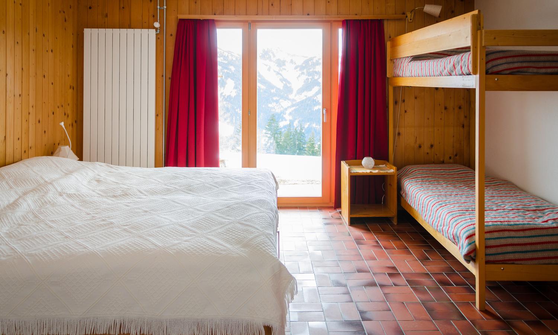 bett-schlafzimmer-aussicht-terrasse-balkon