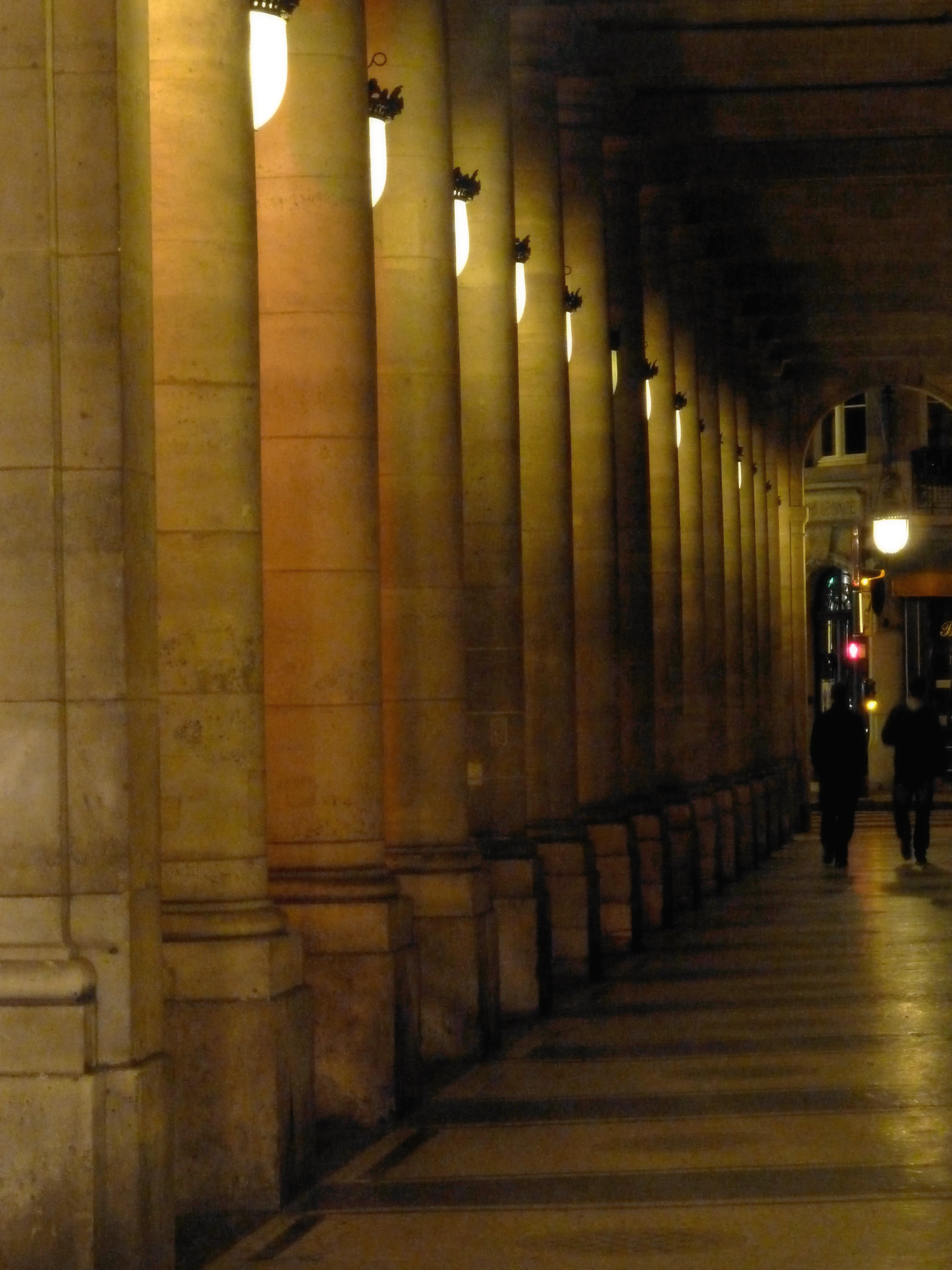 Louvre Night 4.png