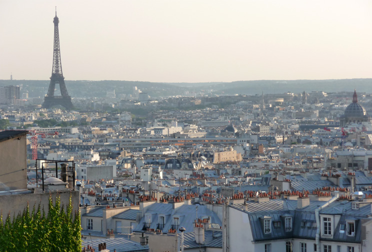 via  Feels Like Home in Paris    Paris with a View apartment