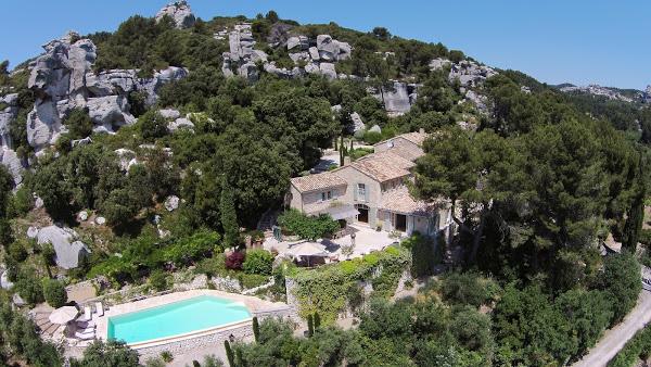 Le Mas de Belleroche  | via  Only Provence