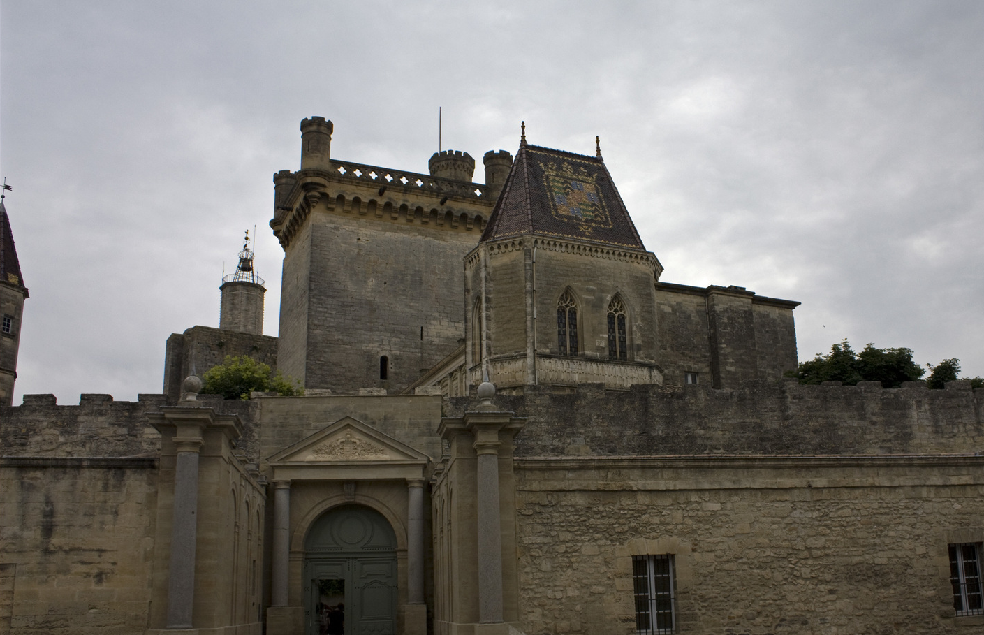 Le Duché - By D Villafruela (Own work) [  GFDL  or CC BY-SA 3.0], via Wikimedia Commons