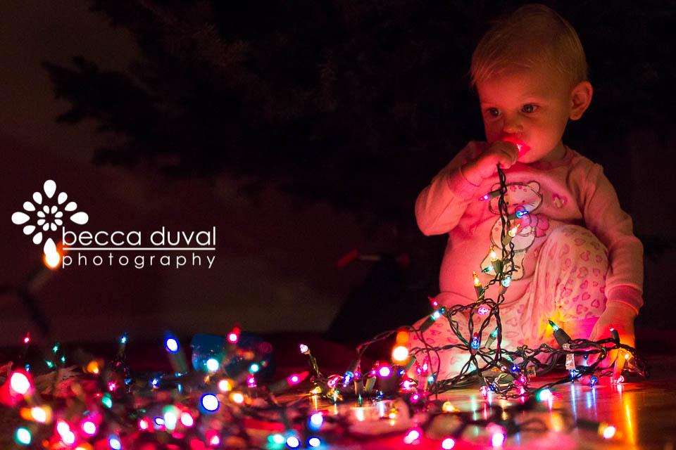 ChristmasTreeDecorating (1 of 1)-3.jpg