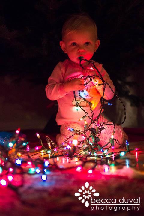 ChristmasTreeDecorating (1 of 1)-4.jpg