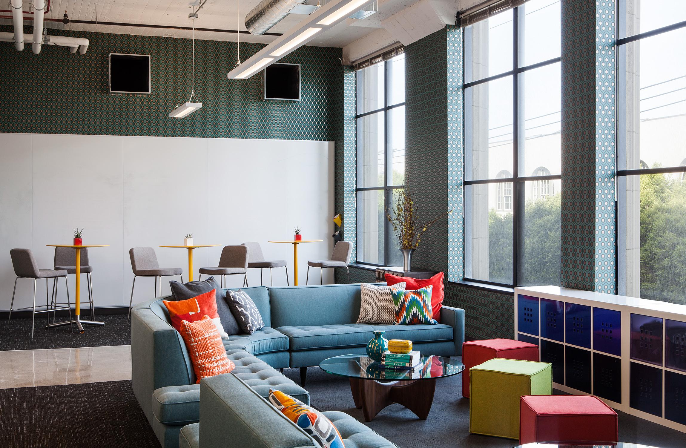 Janel Holiday Interior Design Dolores Area 1.jpg