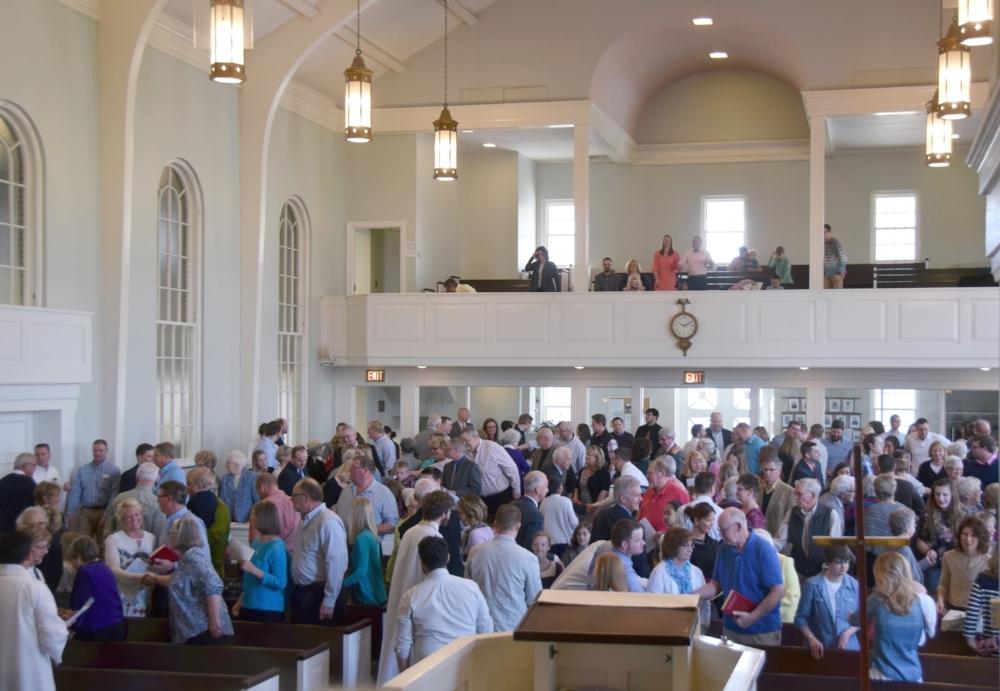 10:00 WORSHIP SERVICE
