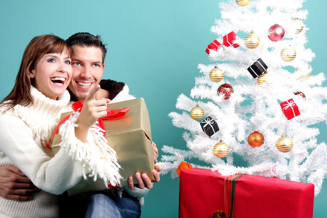 Should your family get a real tree or an artificial tree this year? Which one is better?