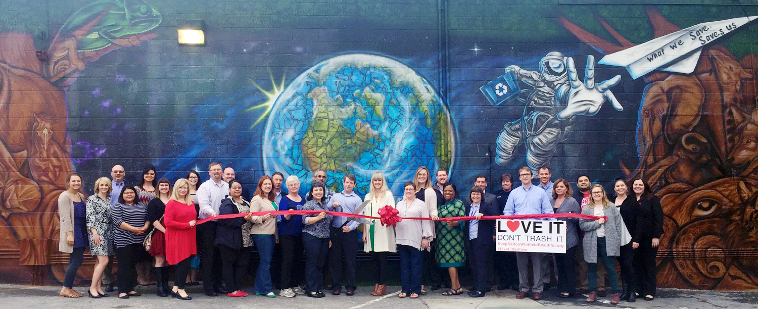 """KEEP DALTON-WHITFIELD BEAUTIFUL AND 1000 WORDS DALTON ART PROJECT CELEBRATED THE COMPLETION OF THE MURAL """"AN EARTH WORTH SAVING"""" BY LOCAL ARTIST HENRY GREEN. THE MURAL IS LOCATED DOWNTOWN AT THE INTERSECTION OF THORNTON AVE. AND WAUGH ST."""
