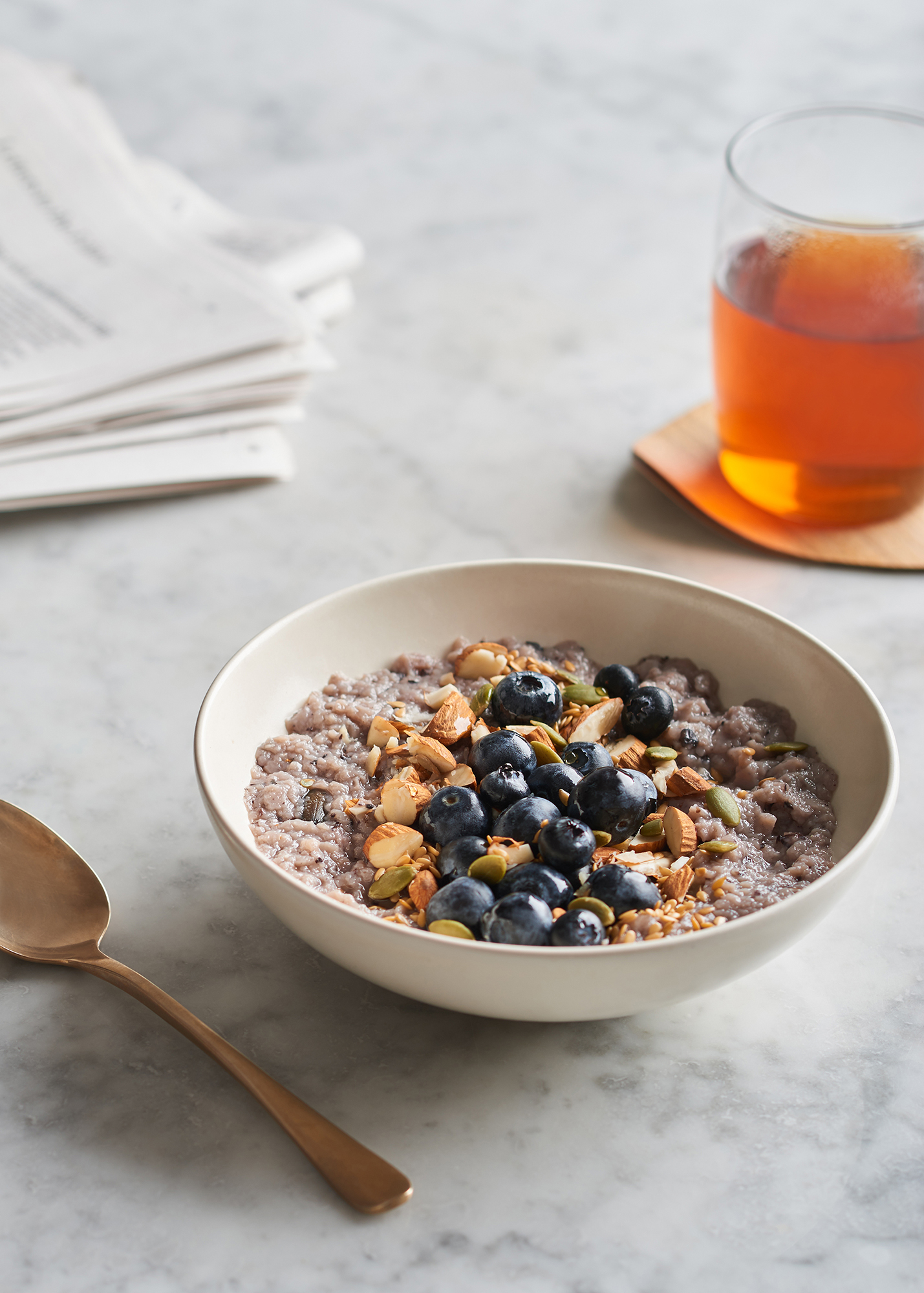 breakfast bowl with blueberries and porridge