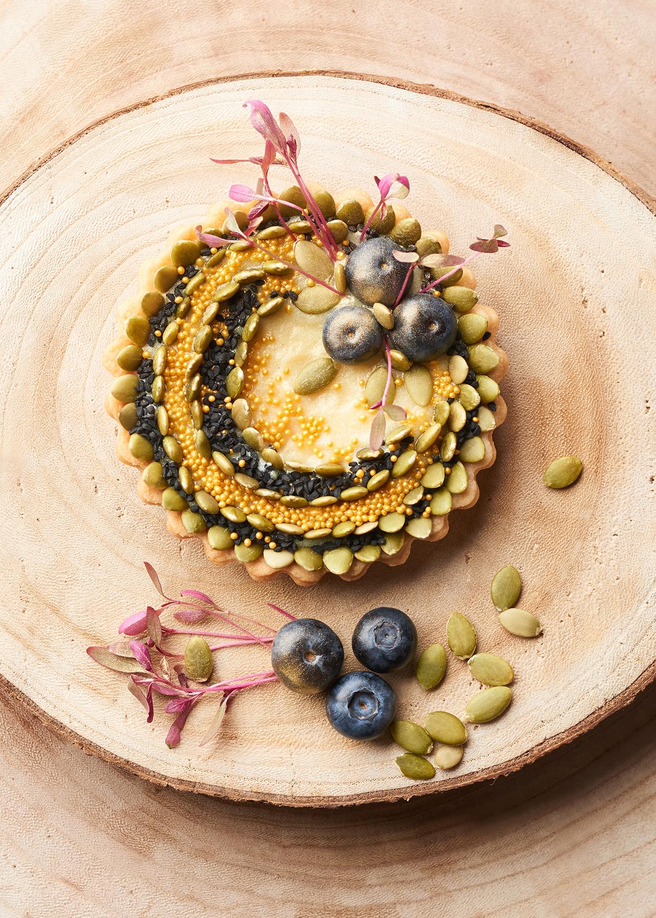Vegan custard tart with blueberries