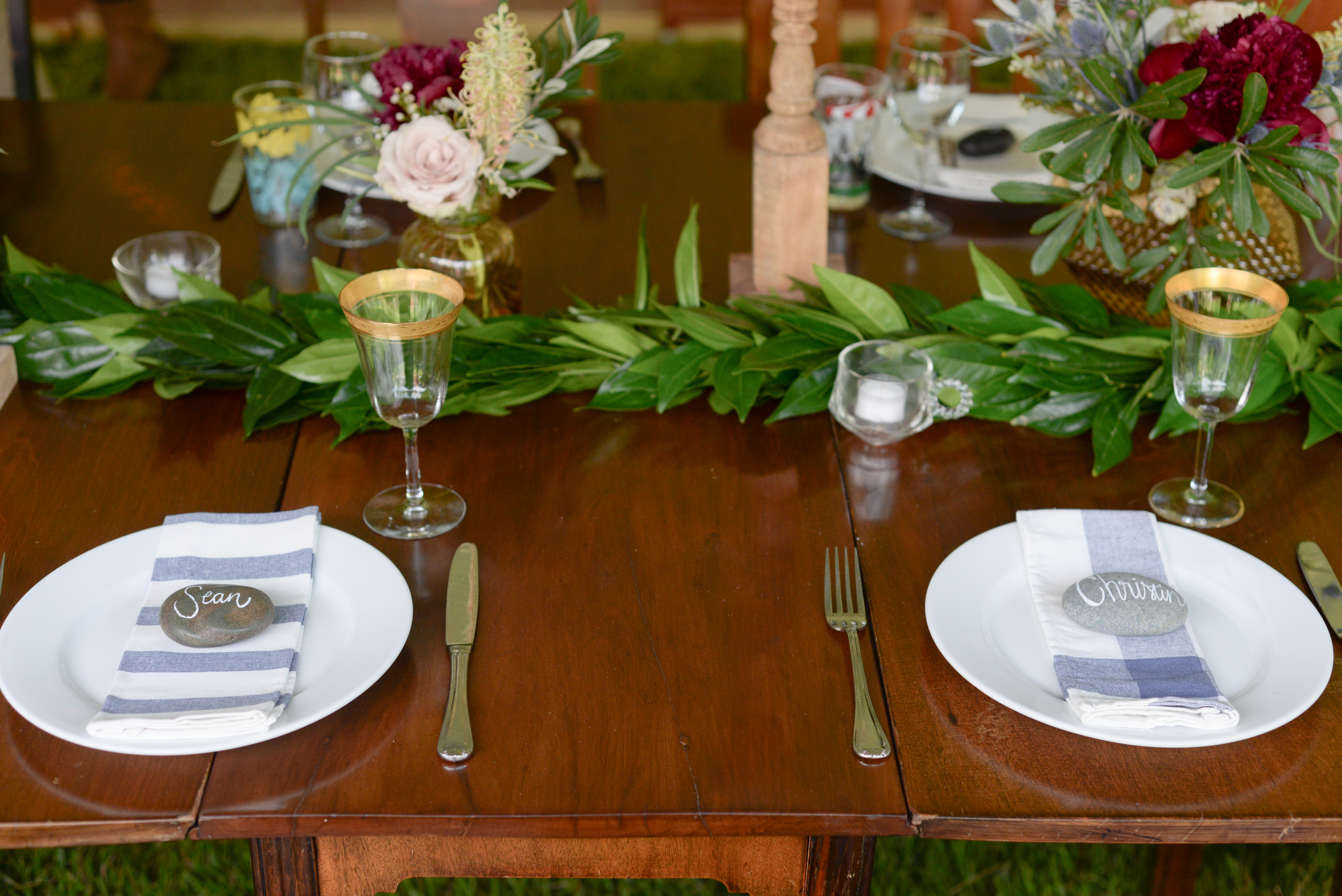 style altard st louis wedding place settings