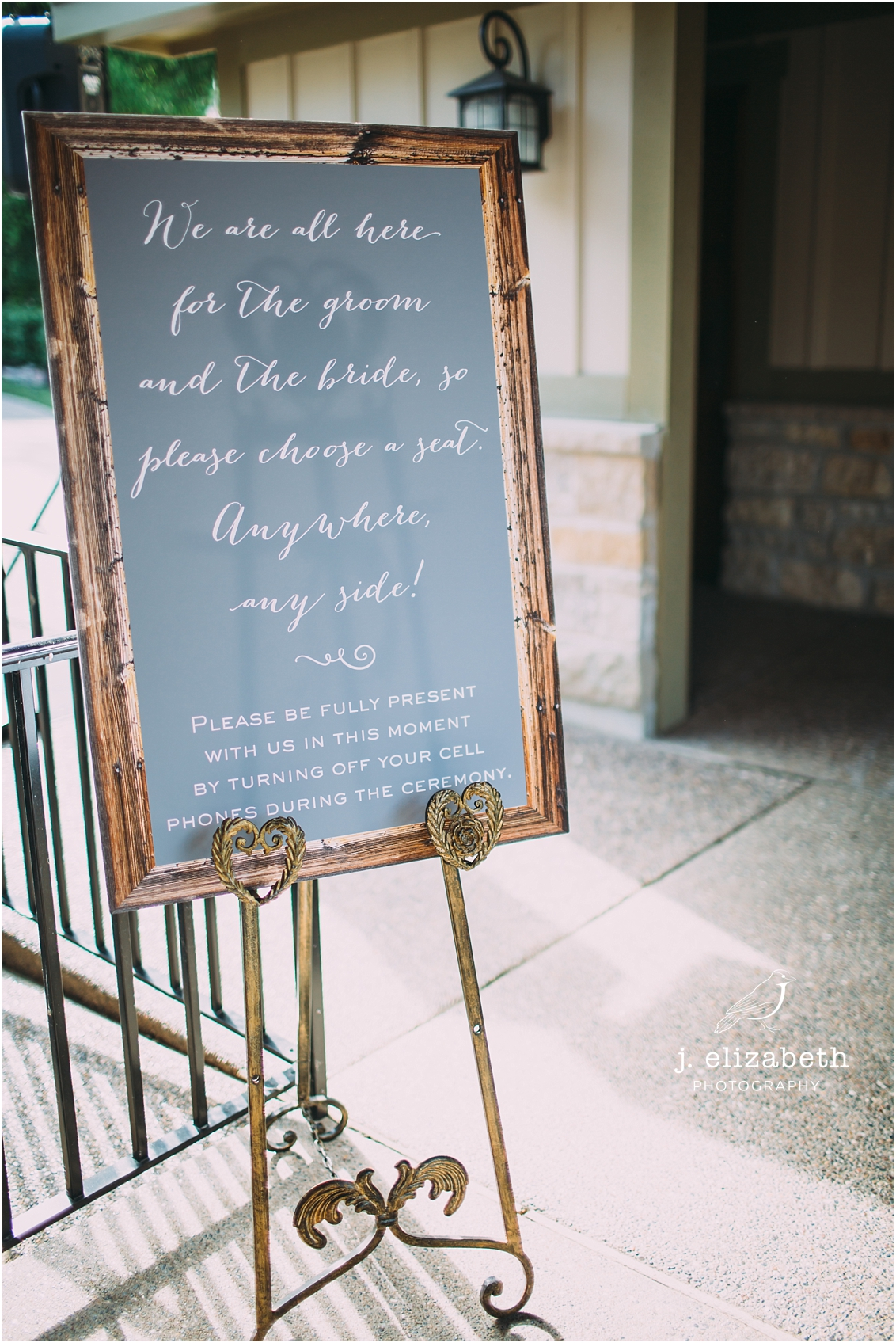 style altard custom wedding board