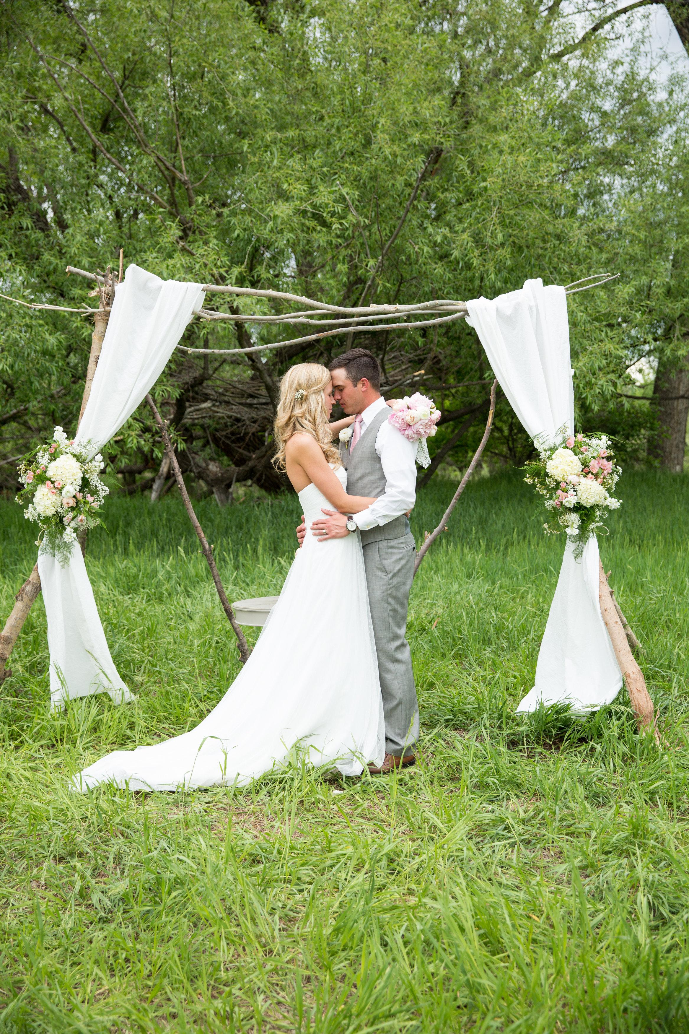 Brooke Jordan Wedding-Bride Groom-0008.jpg